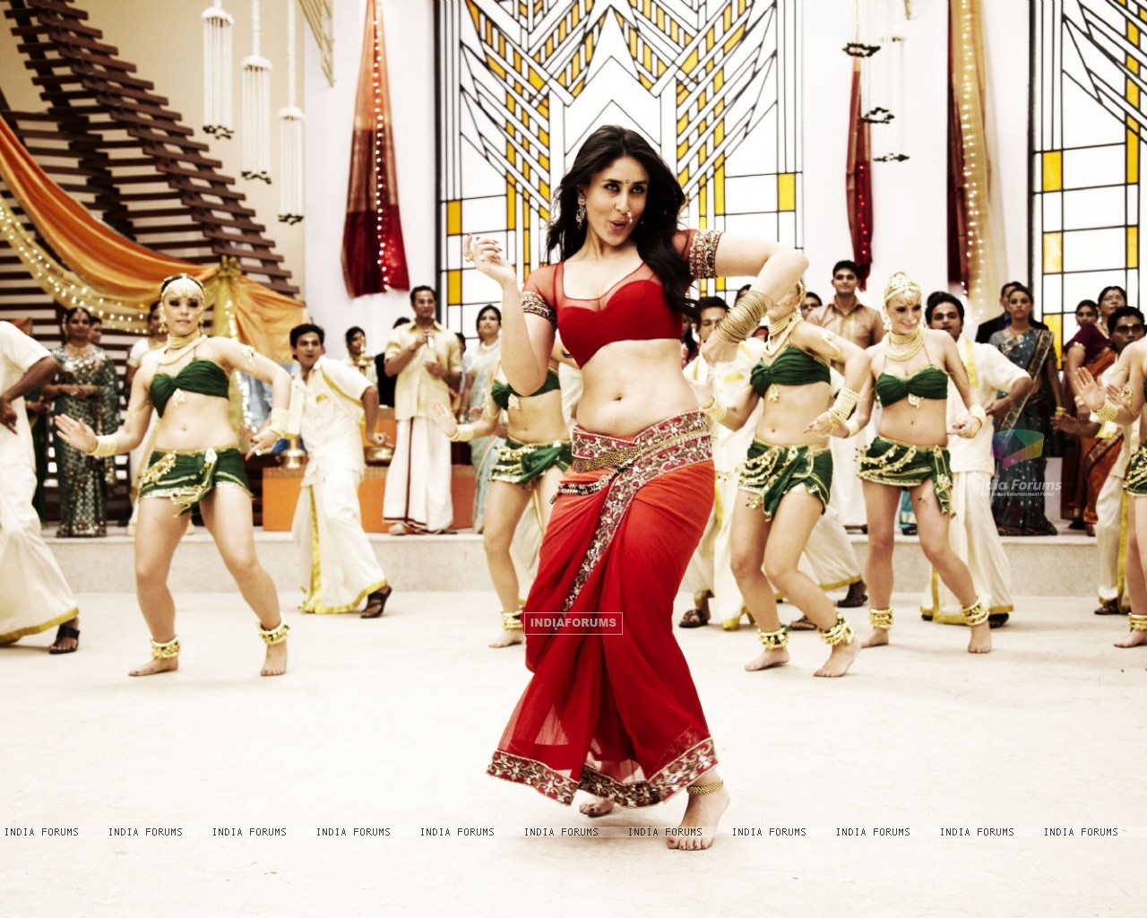 Kareena Kapoor in the movie Ra.One (158774) size:1280x1024