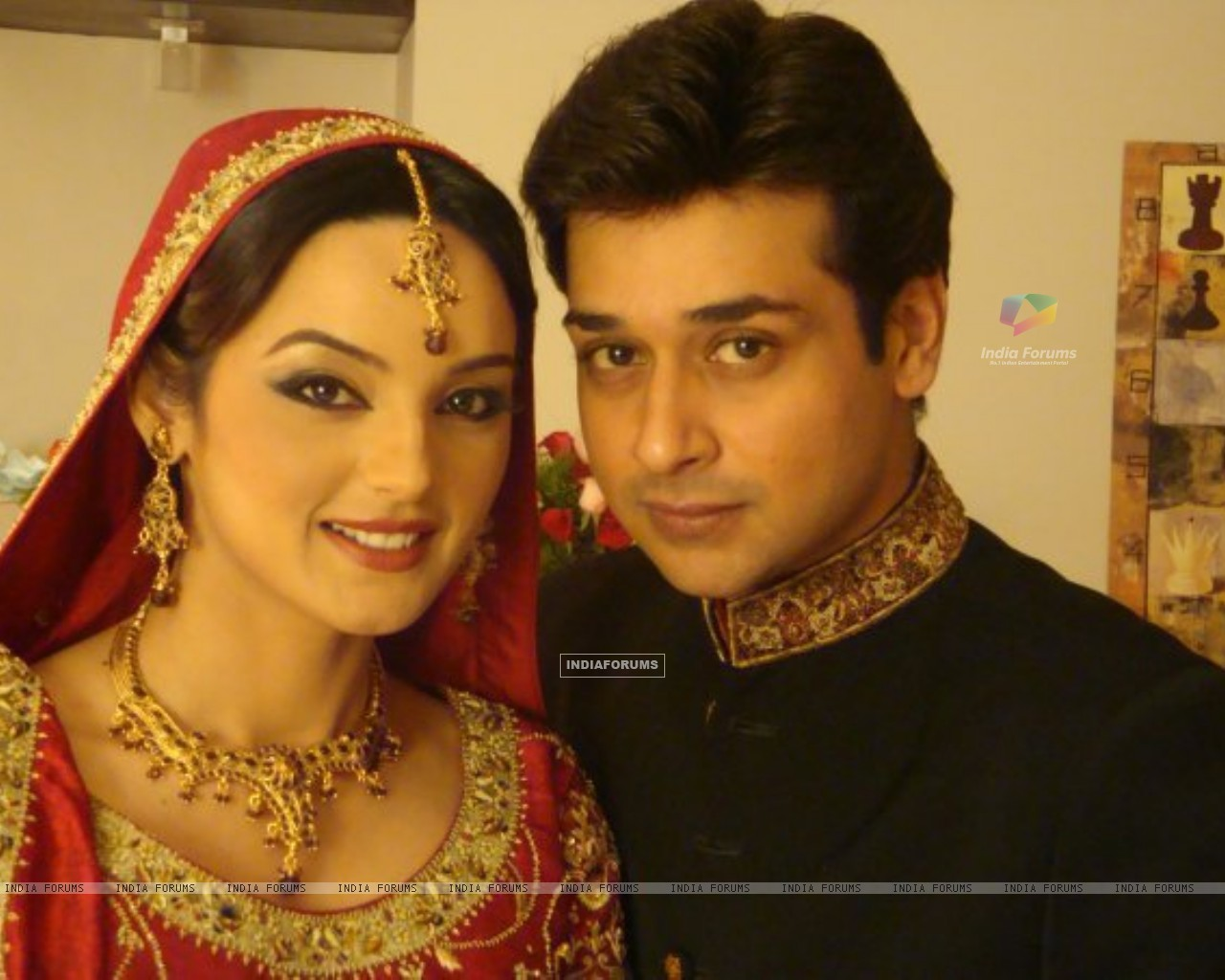 Sadia Khan and Faisal Qureshi in serial Variaan (160096) size:1280x1024