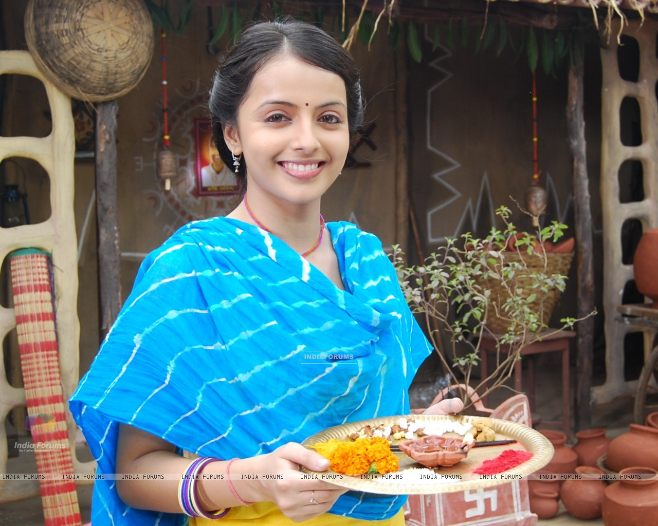 Shrenu Parikh as Aastha in tvshow Hawan (161588) size:1280x1024