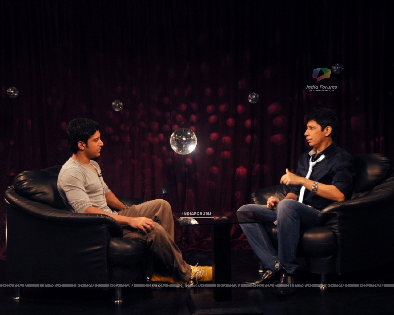 Farhan Akhtar with Omar Qureshi on Zoom (163437) size:1280x1024