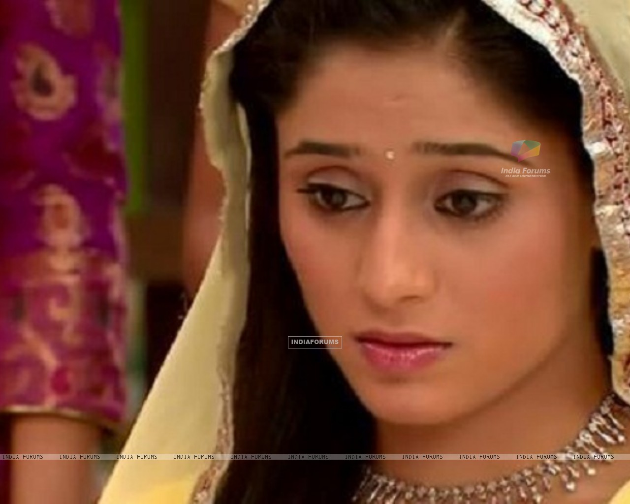 Soumya Seth Navya engagement look in TV Show Navya (164806) size:1280x1024