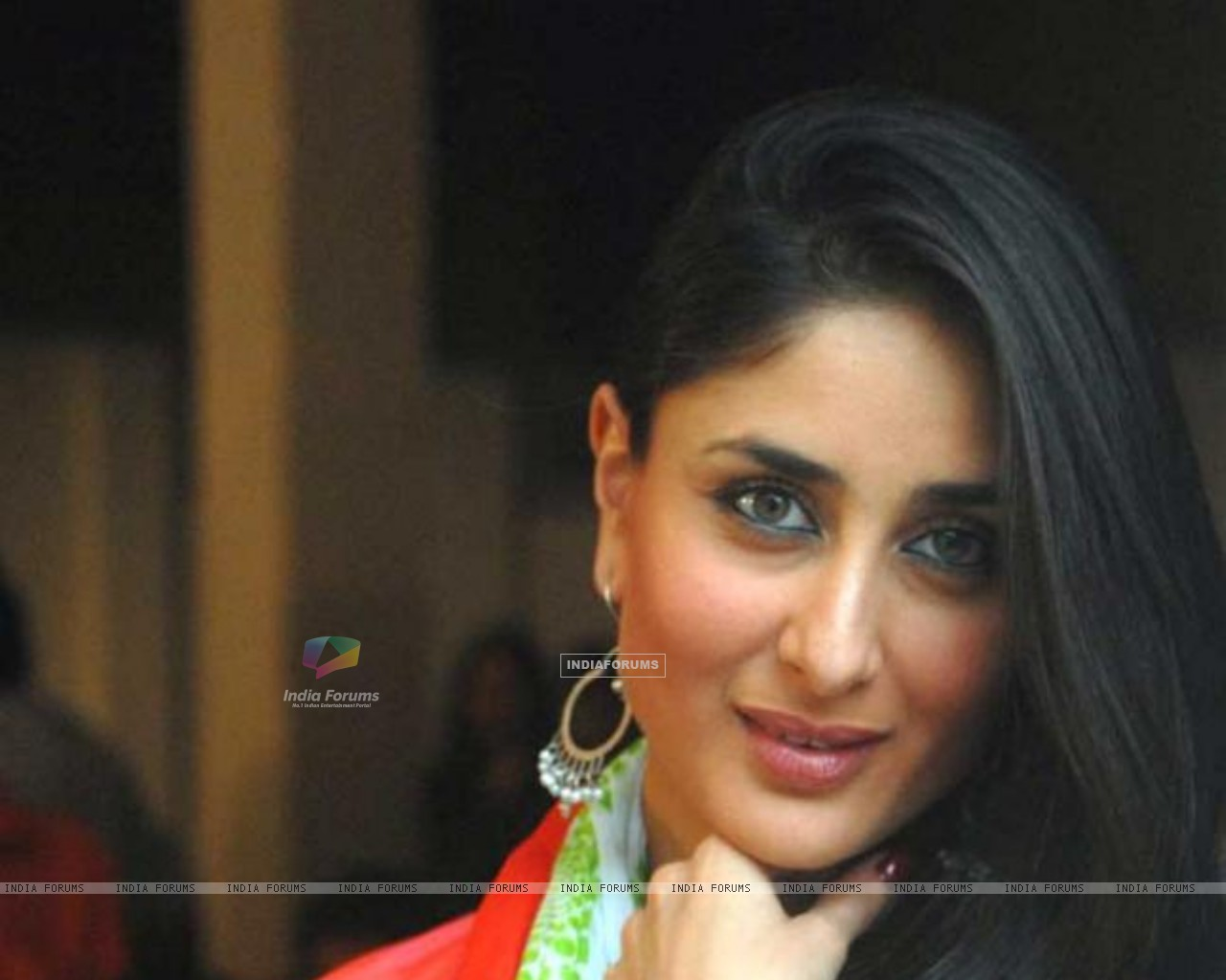 Kareena Kapoor The Movie Bodyguard Size