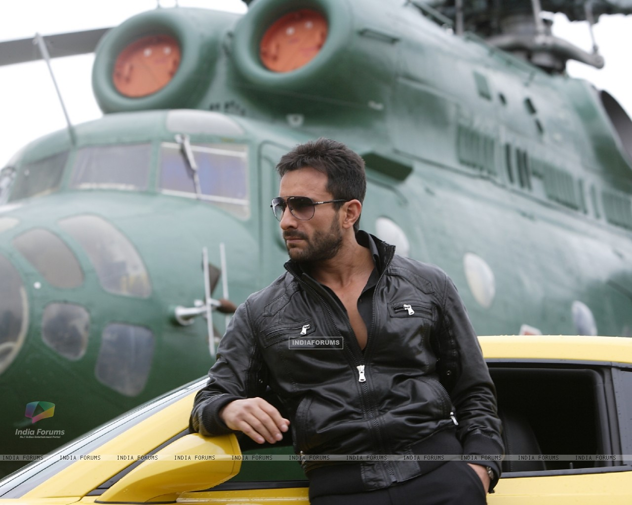 Saif Ali Khan in the movie Agent Vinod (181831) size:1280x1024