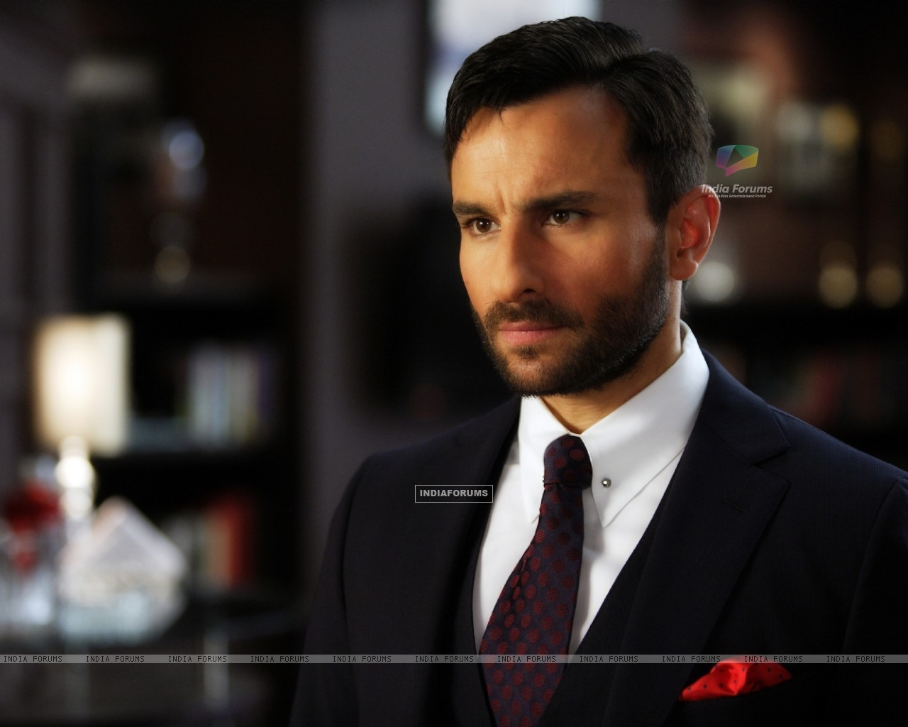 Saif Ali Khan in the movie Agent Vinod (181832) size:1280x1024