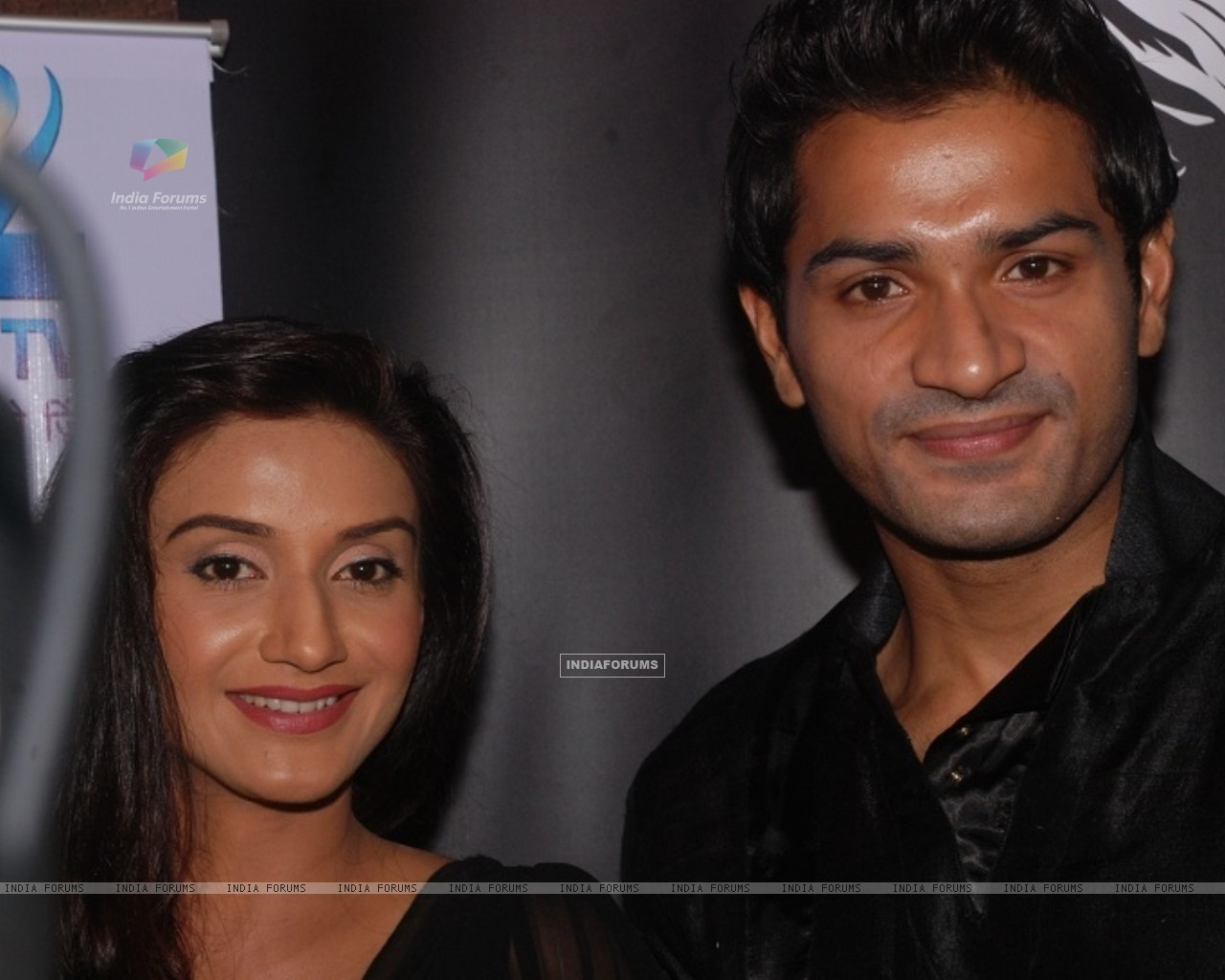 Rati Pandey and Mrunal Jain at celebration of 100 episodes of Hitler Didi (191559) size:1280x1024