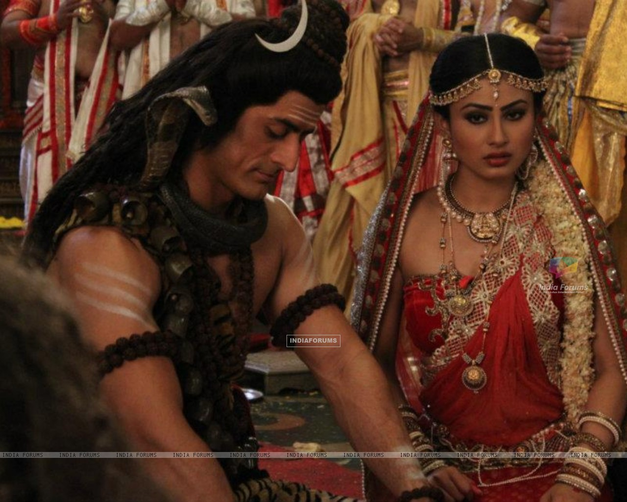 Mohit Raina and Mouni Roy (202578) size:1280x1024