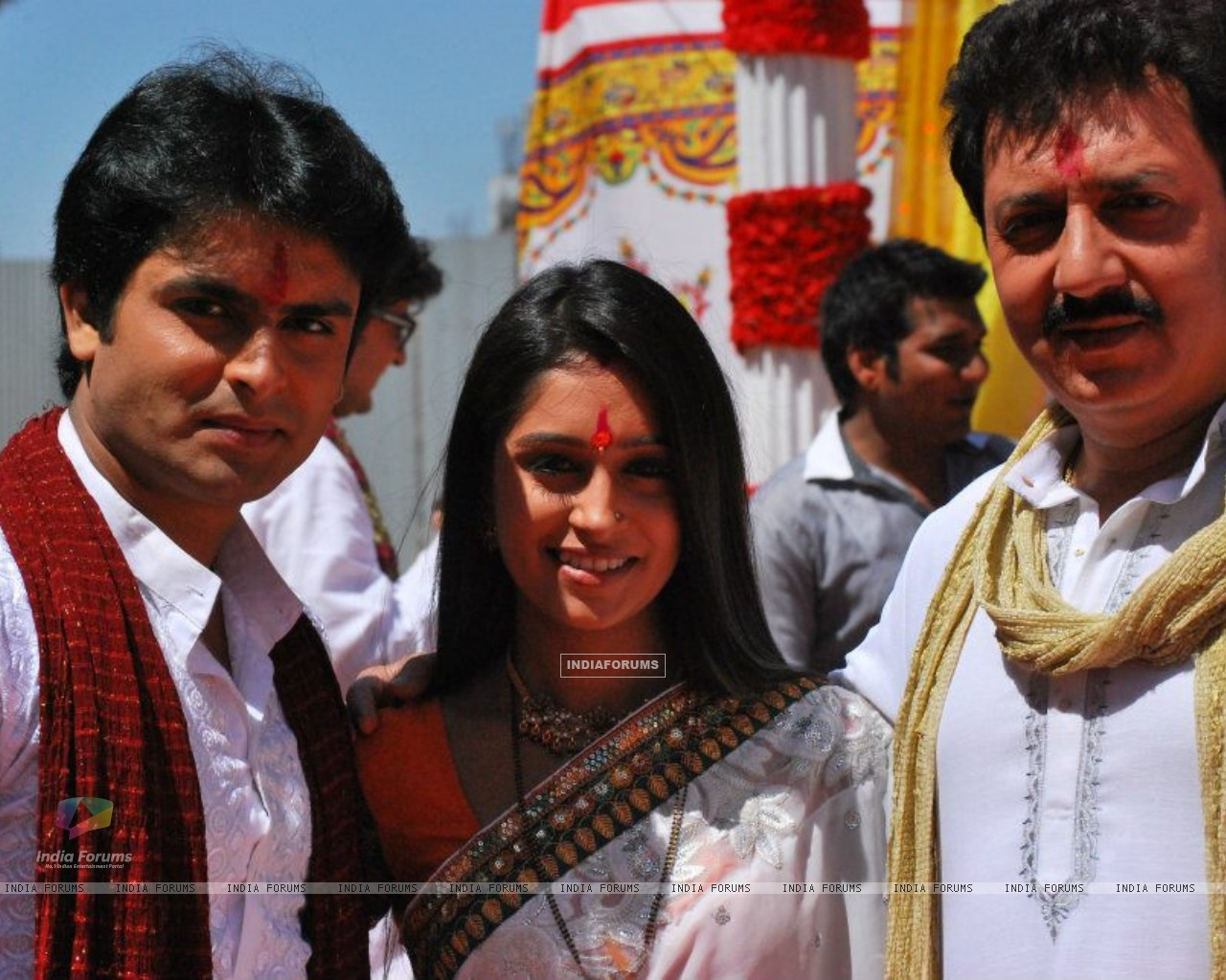 Dipika and Shoaib (202999) size:1280x1024