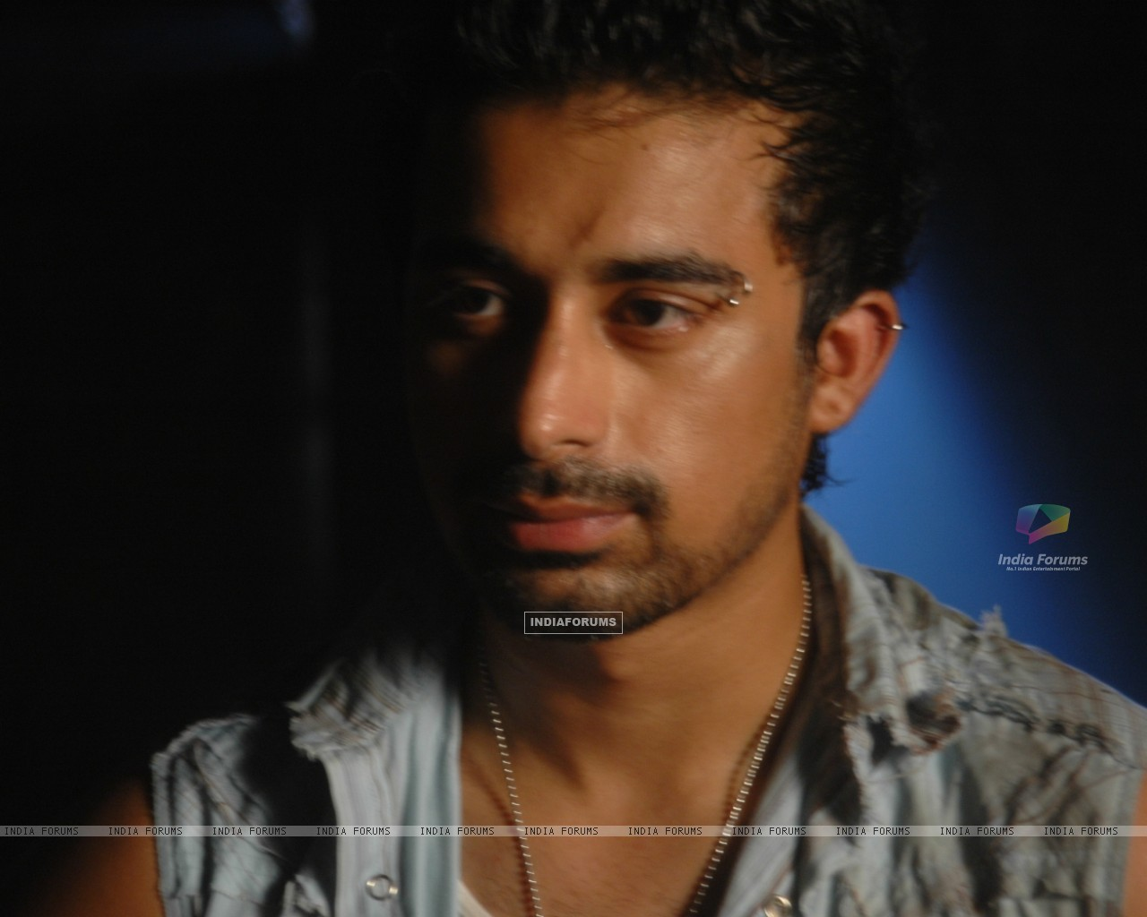 Rannvijay Singh in the movie Toss (20366) size:1280x1024