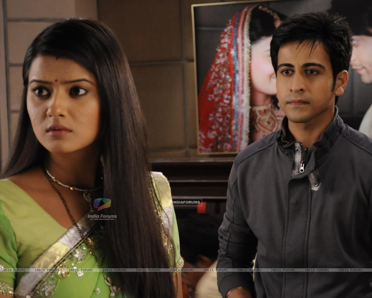 Kratika Sengar & Dishank Arora on the sets of Punar Vivah (208661) size:1280x1024
