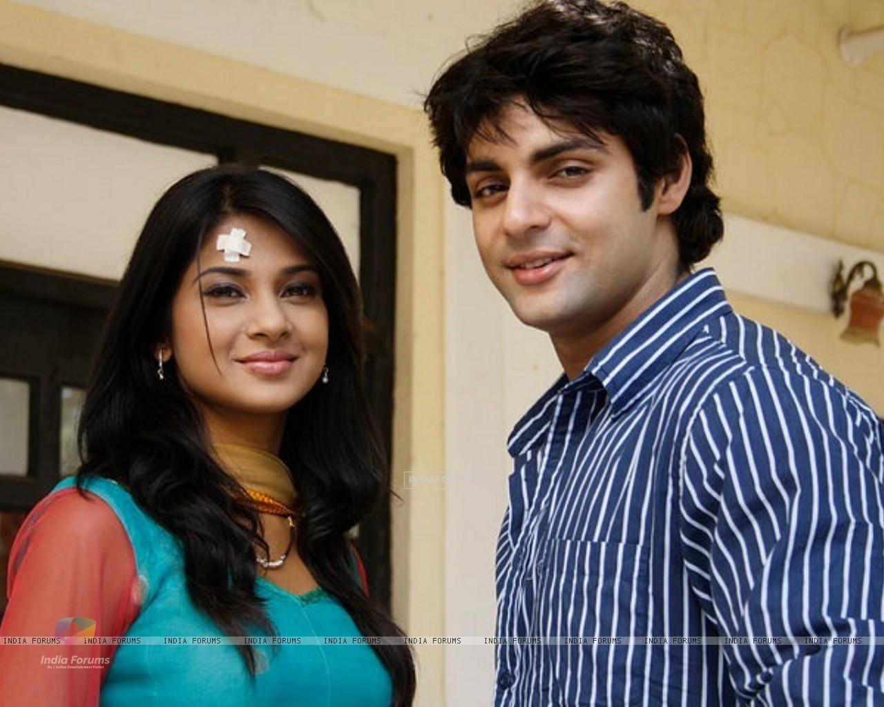 Jennifer Winget and Karan Wahi (214384) size:1280x1024
