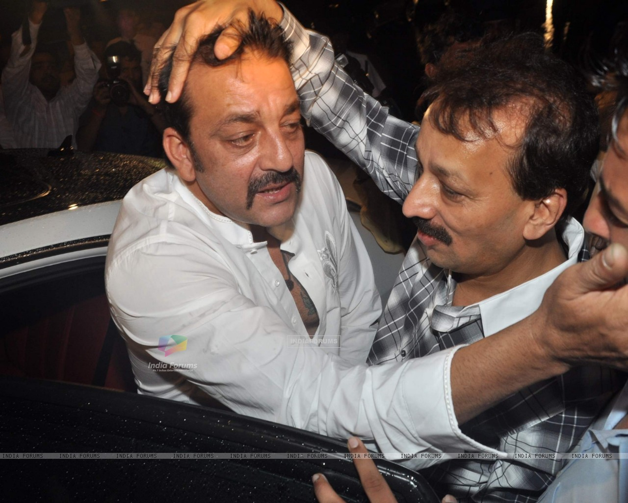 Bollywood actor Sanjay Dutt at Baba Siddique's Iftar party in Taj Lands End, Mumbai . (216041) size:1280x1024