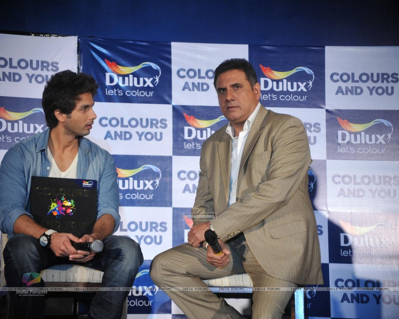 Shahid and Boman Irani at Dulux let's colour event (216927) size:1280x1024