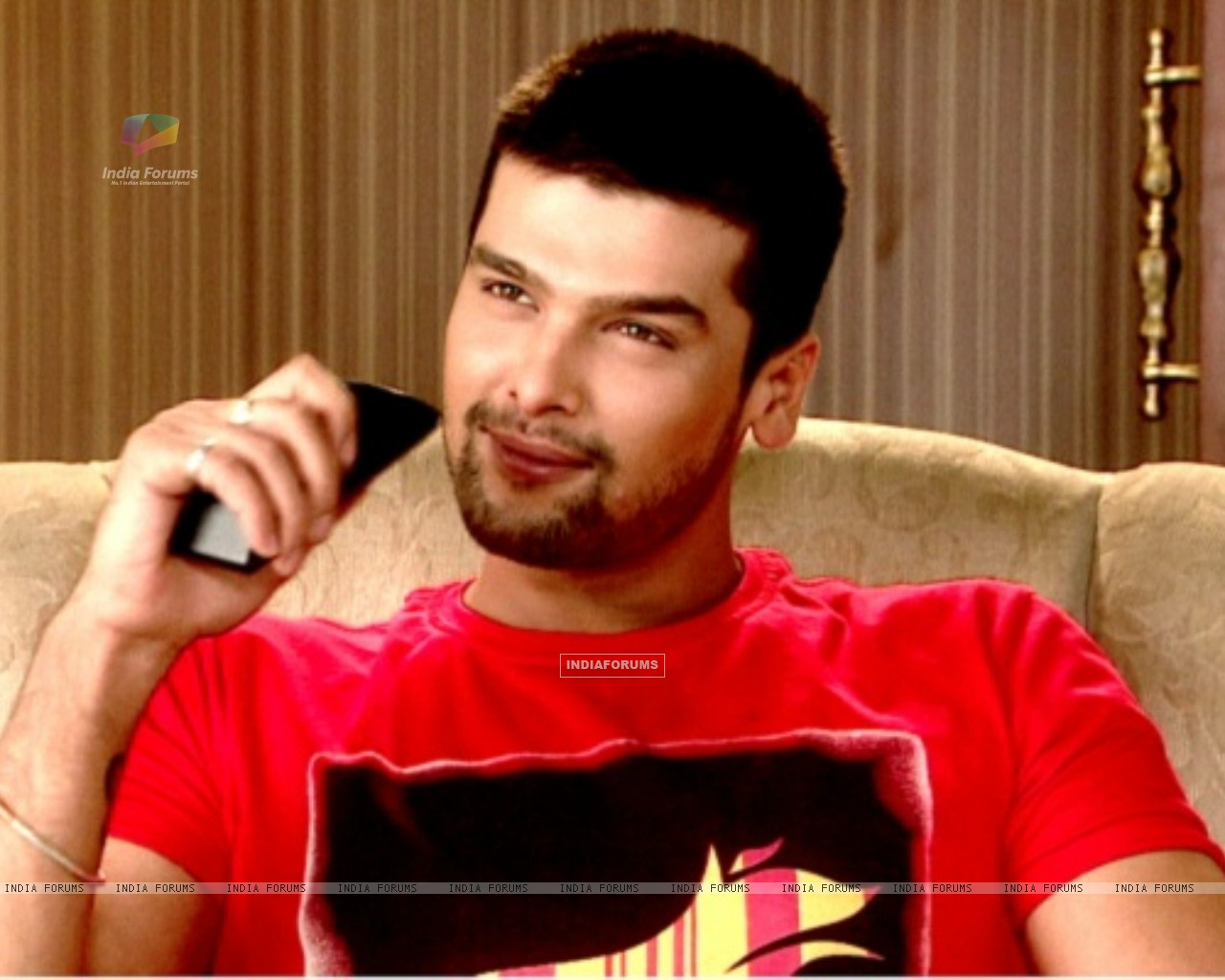 Kushal Tandon as Virat (218094) size:1280x1024