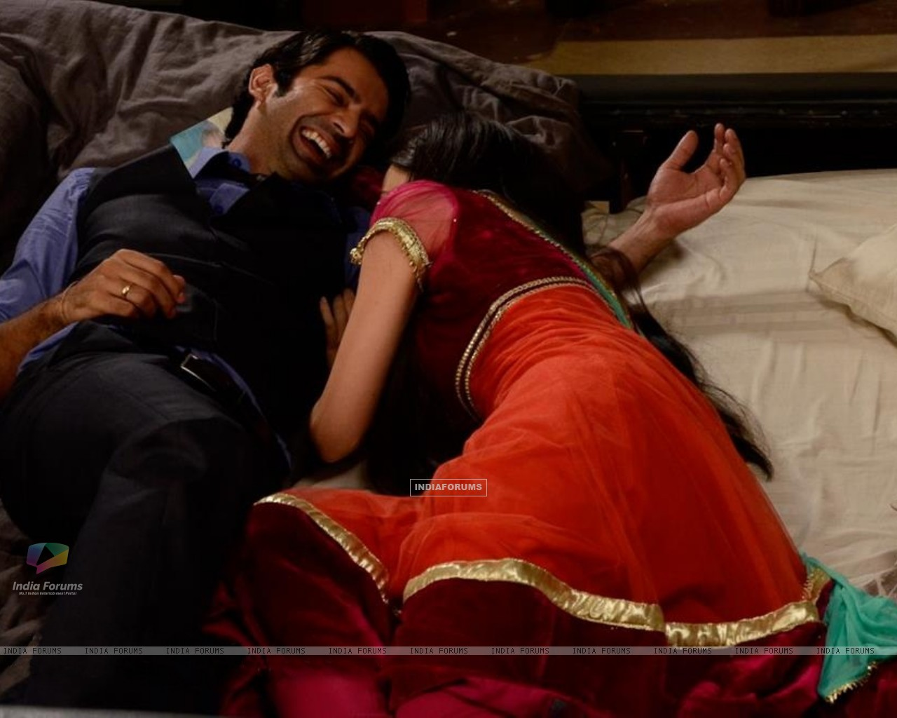 Barun and Sanaya (218831) size:1280x1024