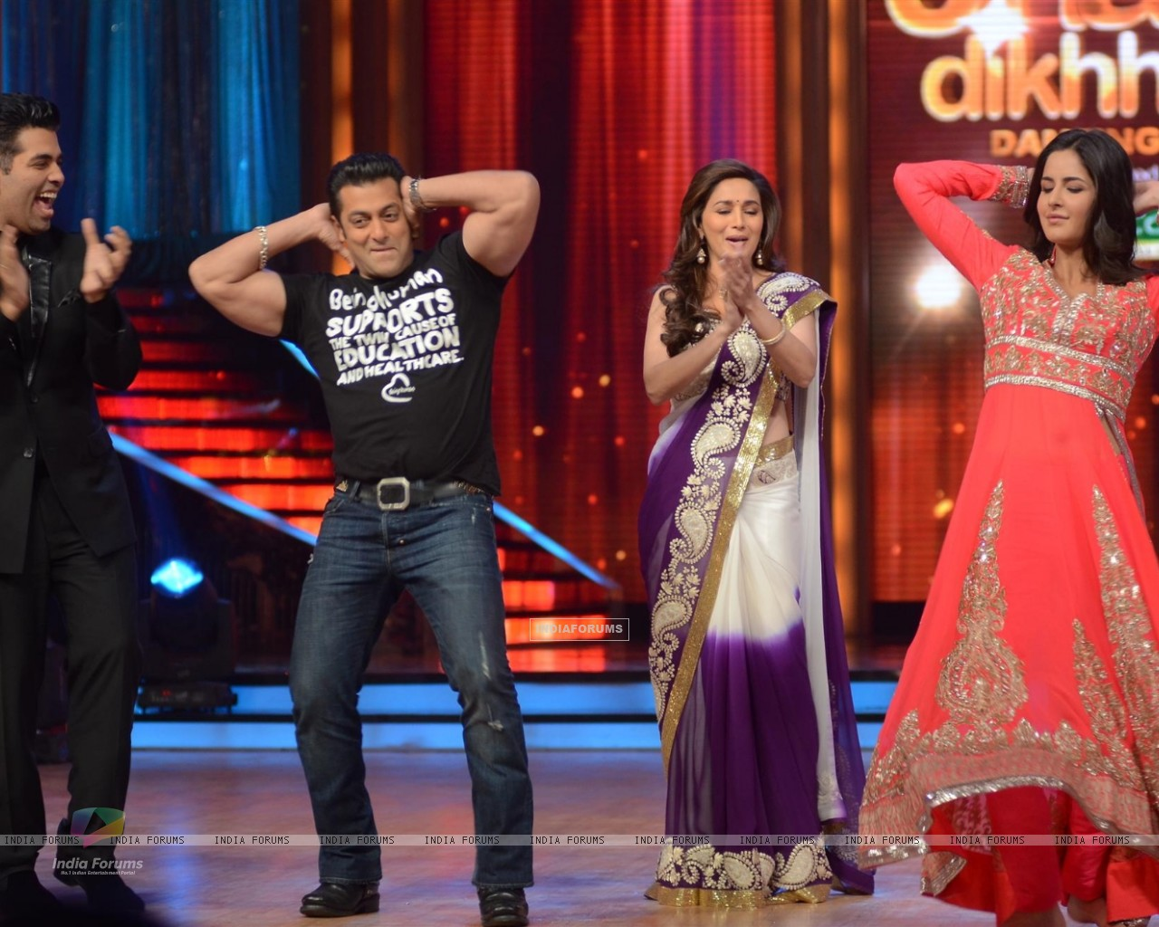 Karan Johar, Salman Khan, Madhuri Dixit and Katrina Kaif on the sets of Jhalak Dikhhla Jaa (220019) size:1280x1024
