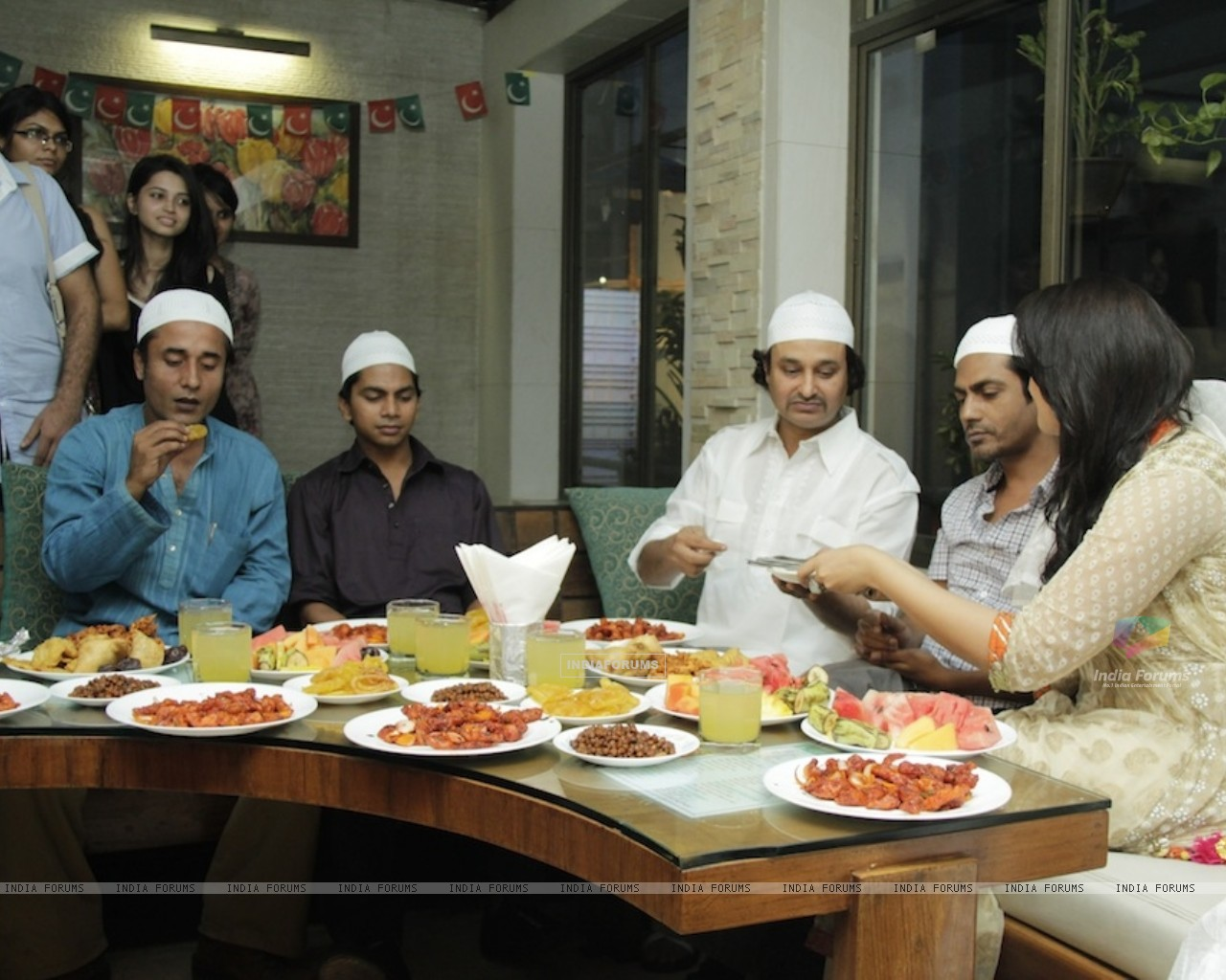 Gangs Of Wassepur iiftar party at Shalimar Hotel (220568) size:1280x1024