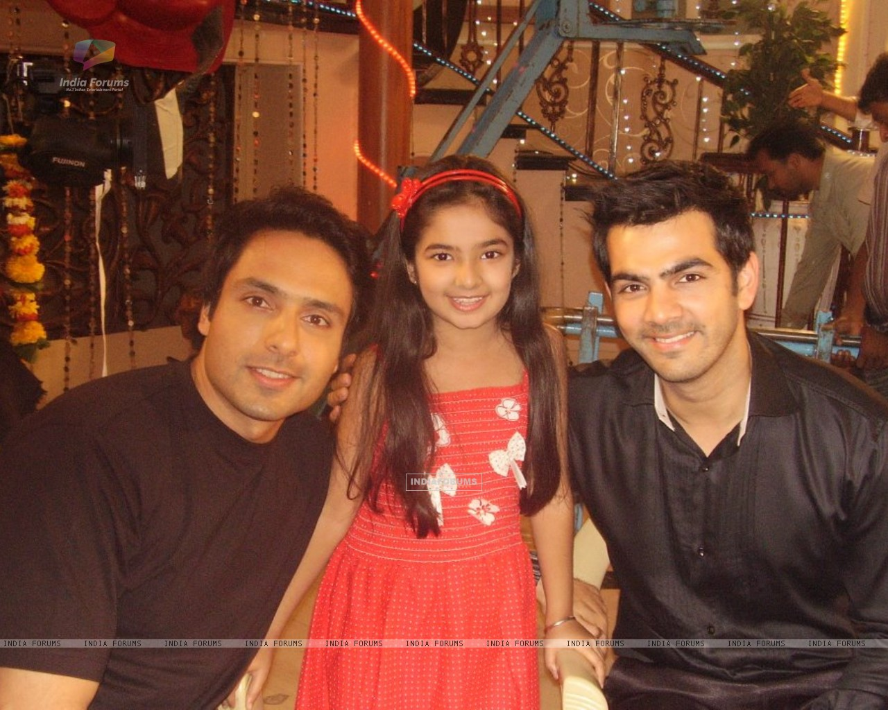 Iqbal, Anushka and Karan (228112) size:1280x1024