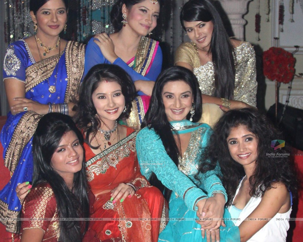 Zee TV Actresses on Zee TV 20 years celeberations (231900) size:1280x1024