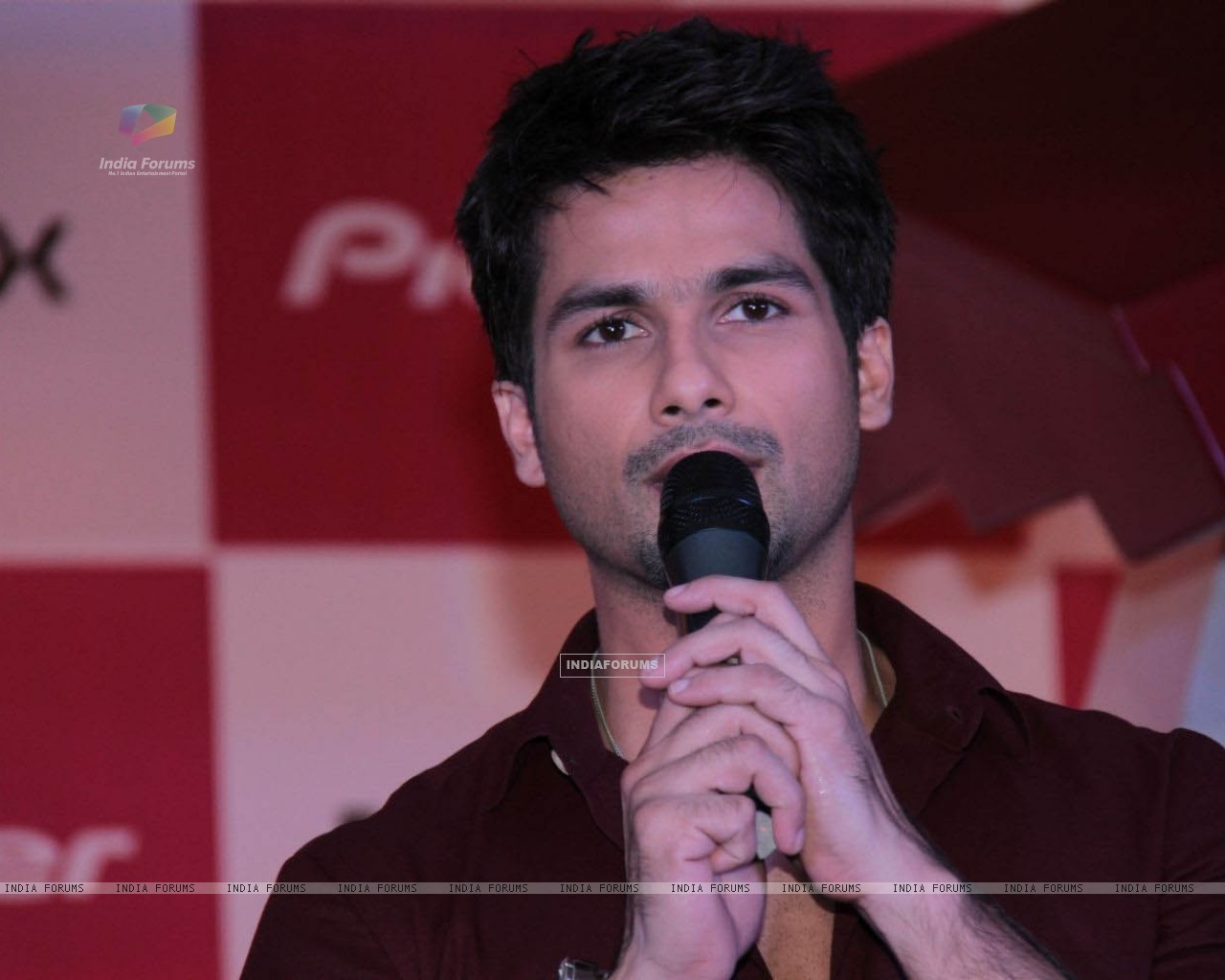 Shahid Kapoor launch new innovative range of Pioneer smart receivers n powerful speakers (232621) size:1280x1024