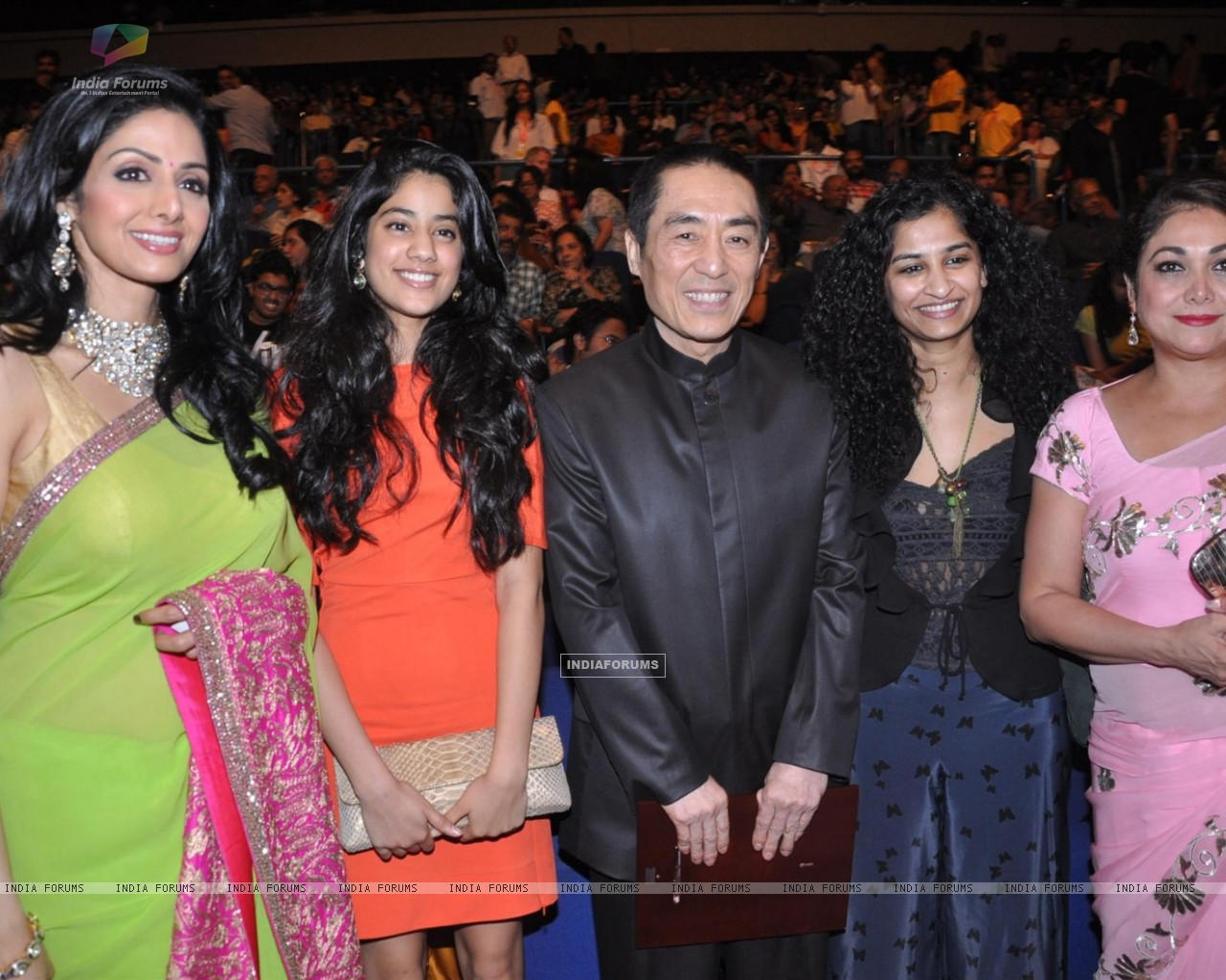 Sridevi, Jhanvi, Zhang Yimou, Gauri Shinde, Tina at Opening ceremony of 14th Mumbai Film Festival (233549) size:1280x1024