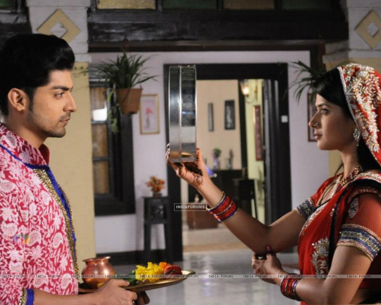 Gurmeet and Kratika (242155) size:1280x1024