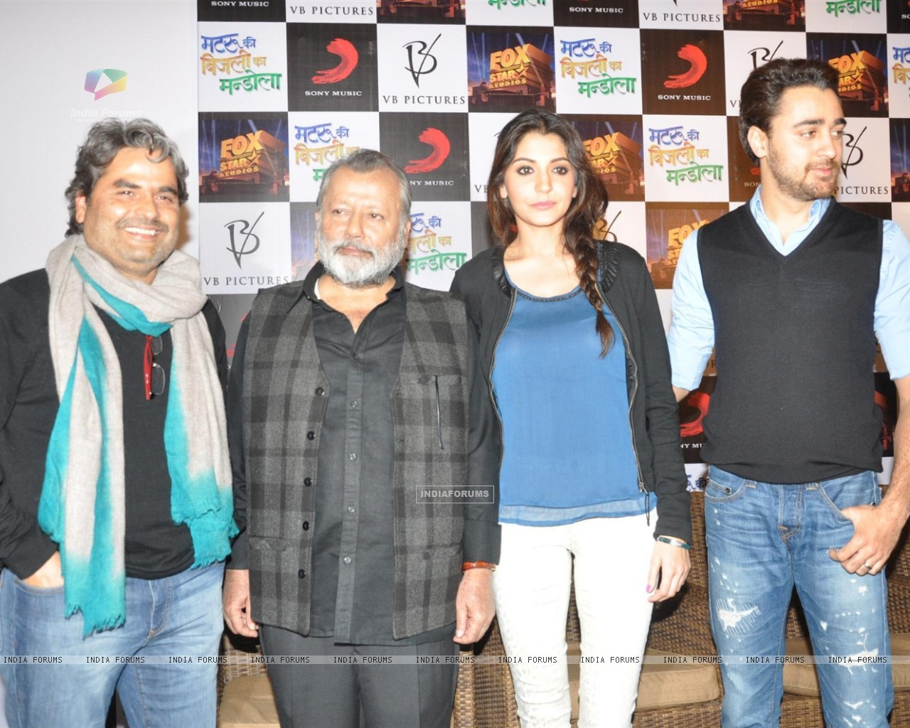 Press Meet Film Matru ki Bijlee ka Mandola (251382) size:1280x1024