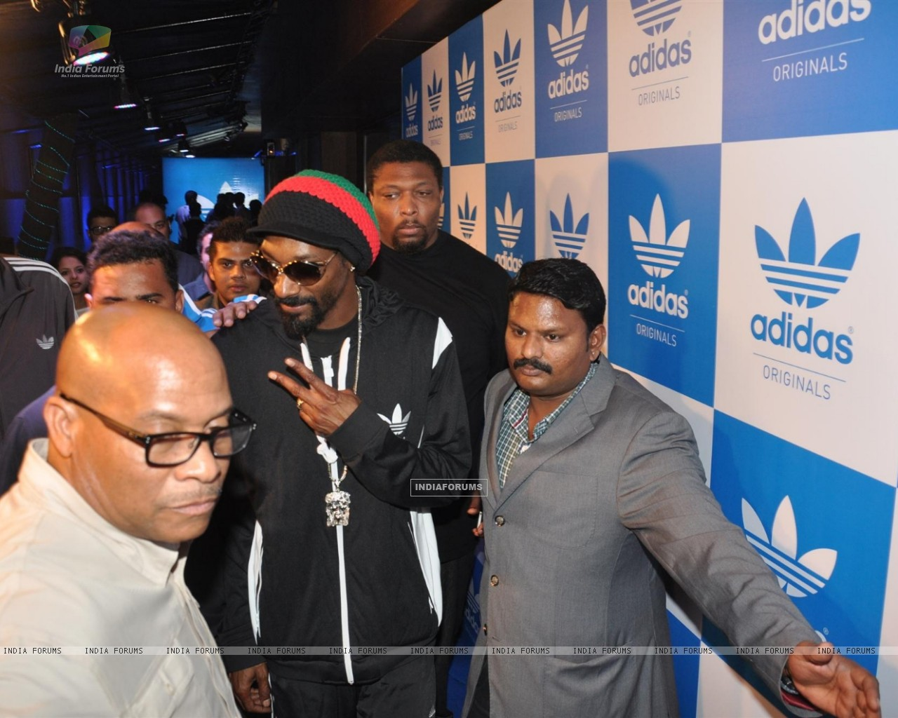 Rap Singer Snoop Dogg Party (252349) size:1280x1024