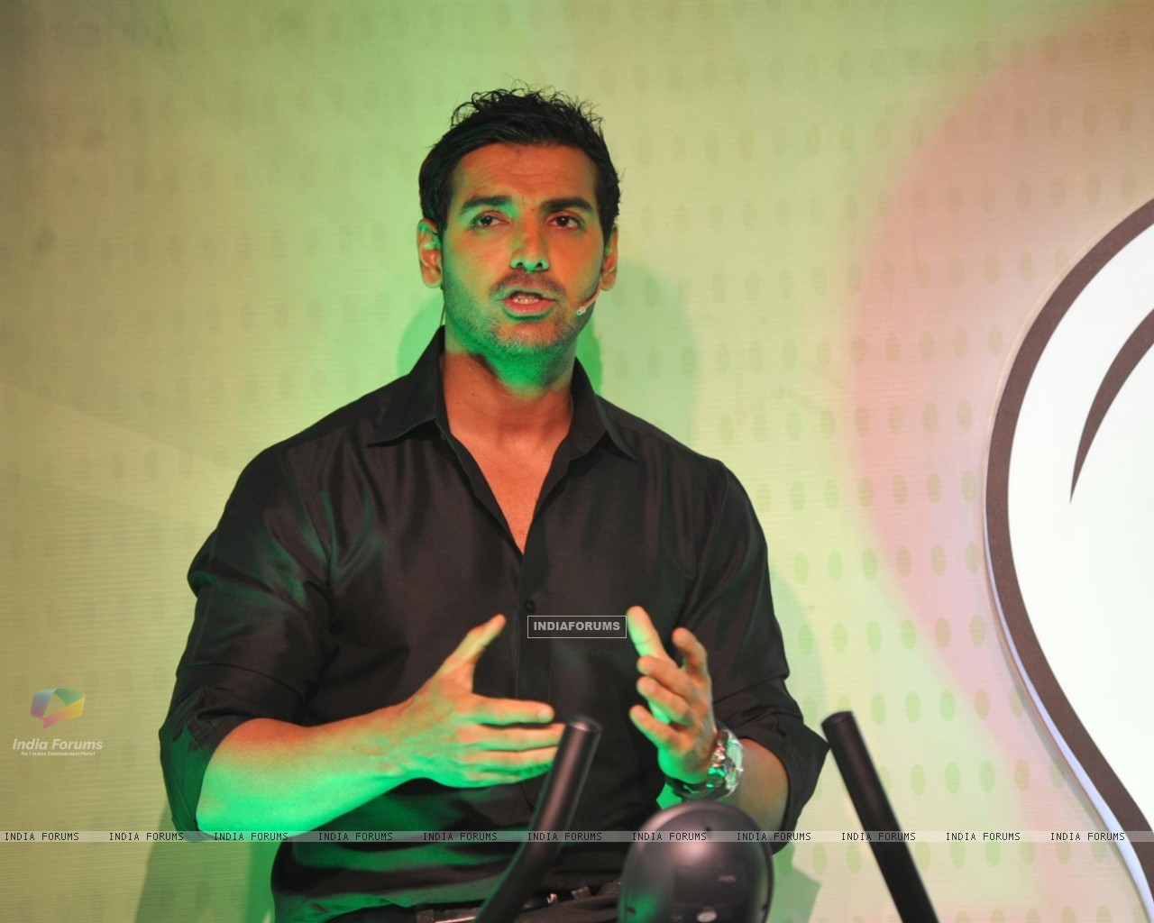 John Abraham with Garnier Men launched a unique social campaign of Power Light A Village (269674) size:1280x1024