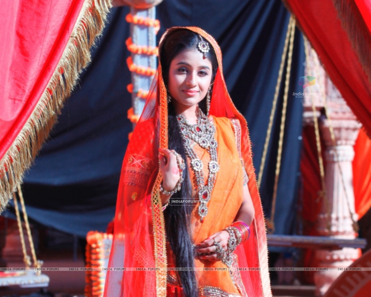 Paridhi Sharma (290328) size:1280x1024