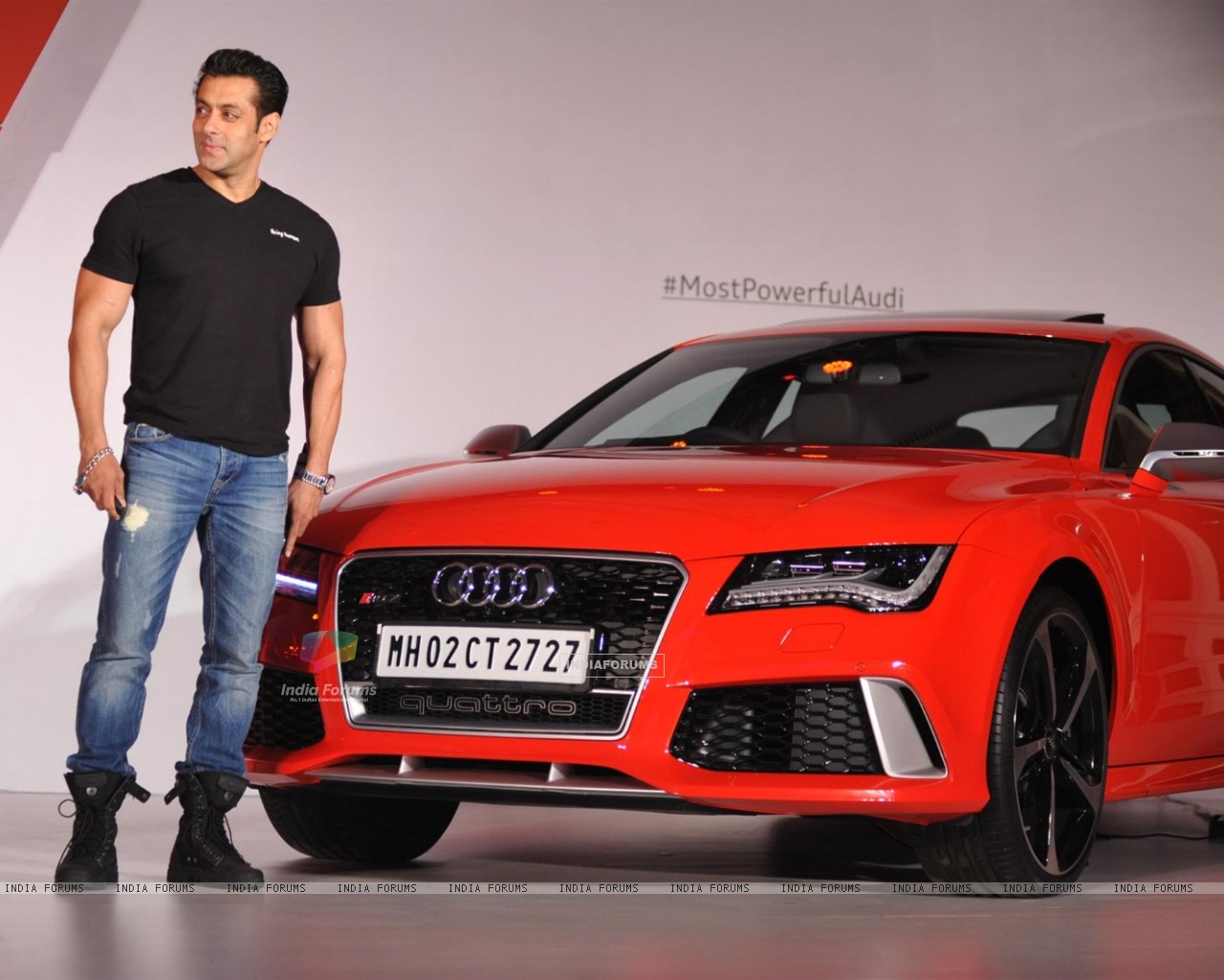 http://img.india-forums.com/wallpapers/1280x1024/308479-salman-khan-unveils-the-audi-rs7.jpg