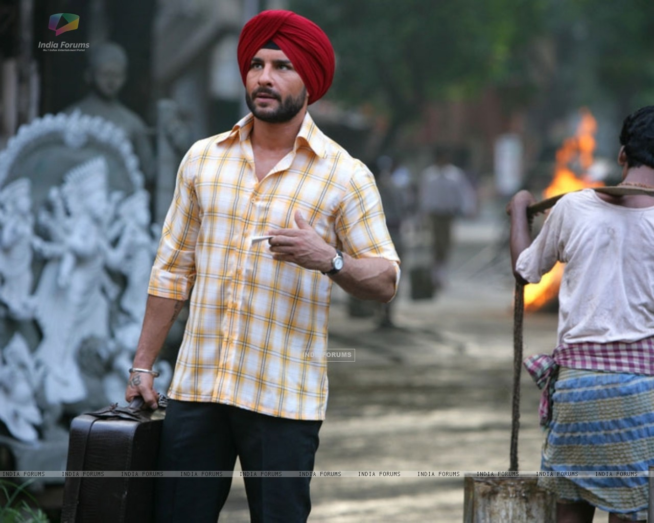 Saif Ali Khan looking like a Sardarji (31343) size:1280x1024