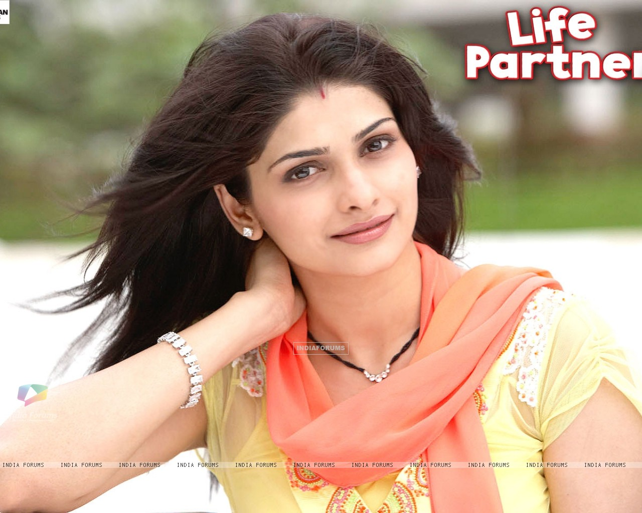 Prachi Desai wallpaper from the movie Life Partner (31440) size:1280x1024