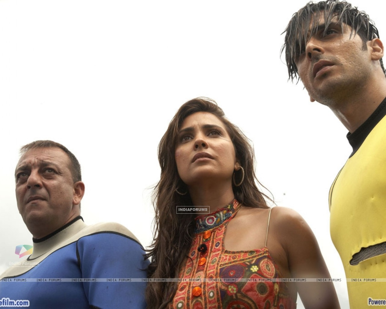 Lara Dutta with Sanjay Dutt and Zayed Khan (37809) size:1280x1024