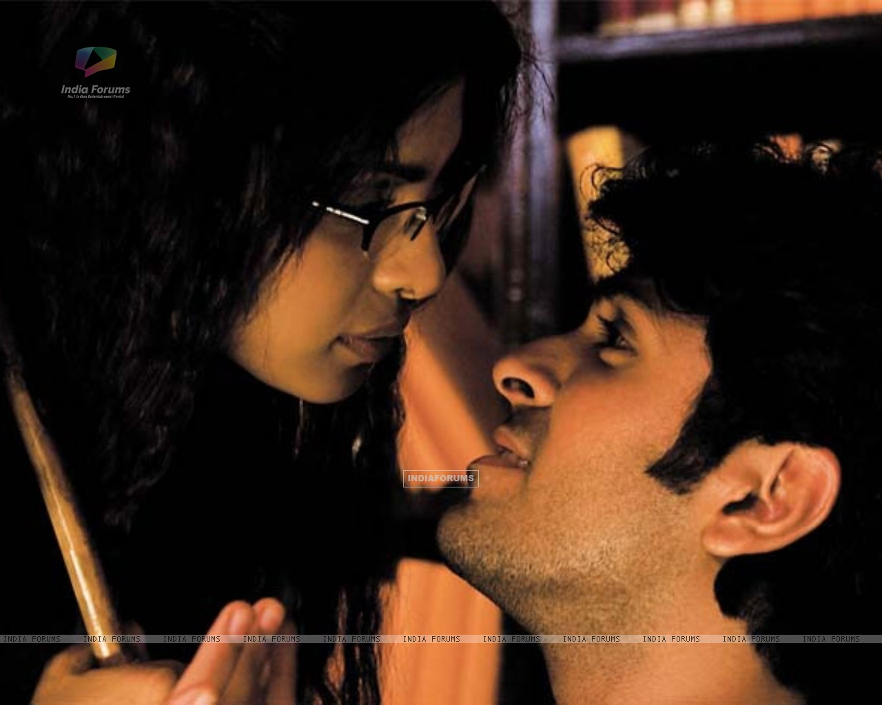 Lovable scene of Priyanka and Harman (37887) size:1280x1024