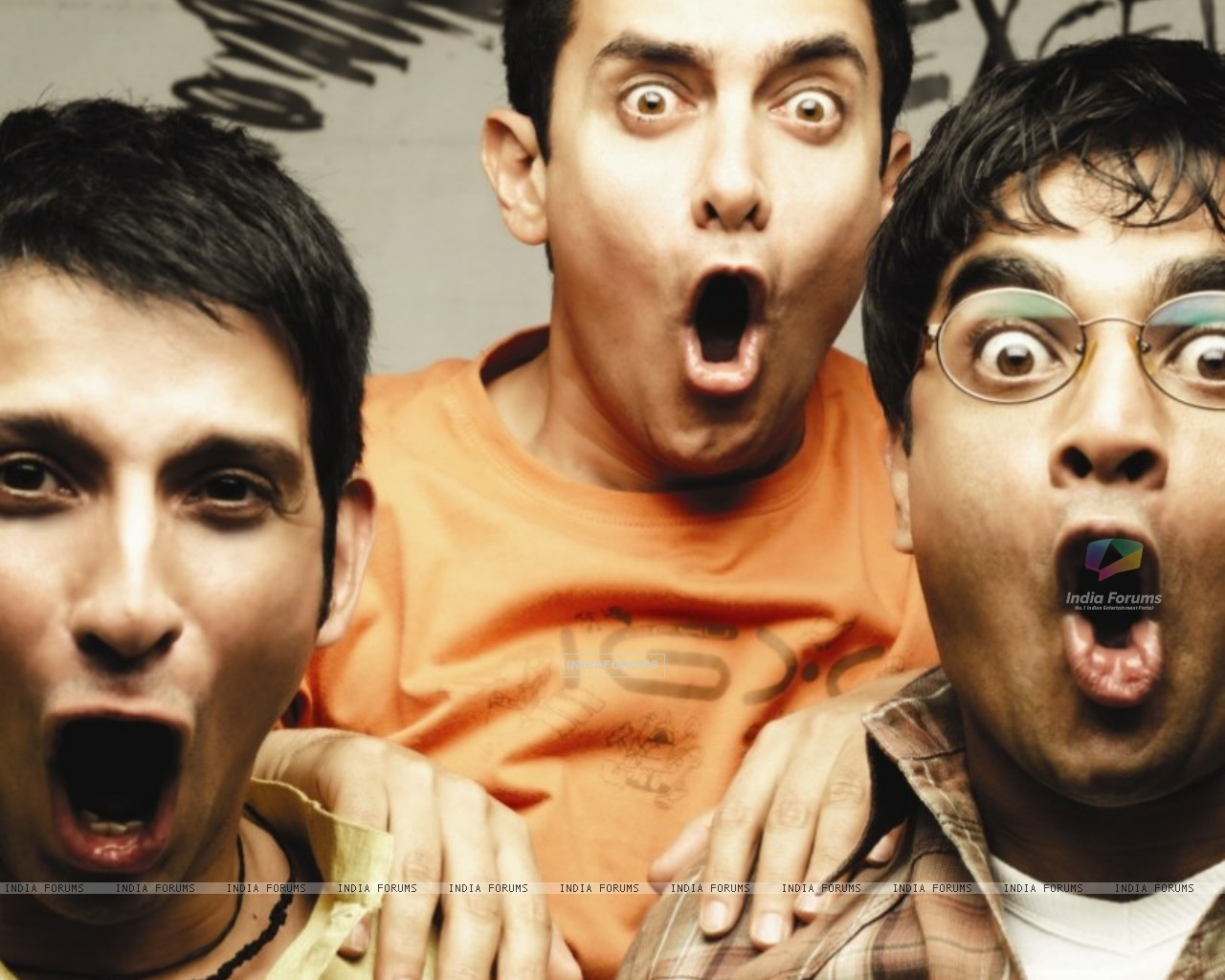 Still image of Sharman Joshi, Aamir Khan and R Madhavan (40221) size:1280x1024