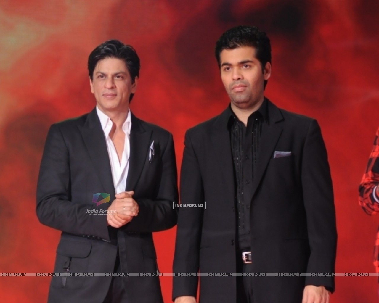 Karan and Shahrukh in tv show Music Ka Maha Muqqabla (41777) size:1280x1024