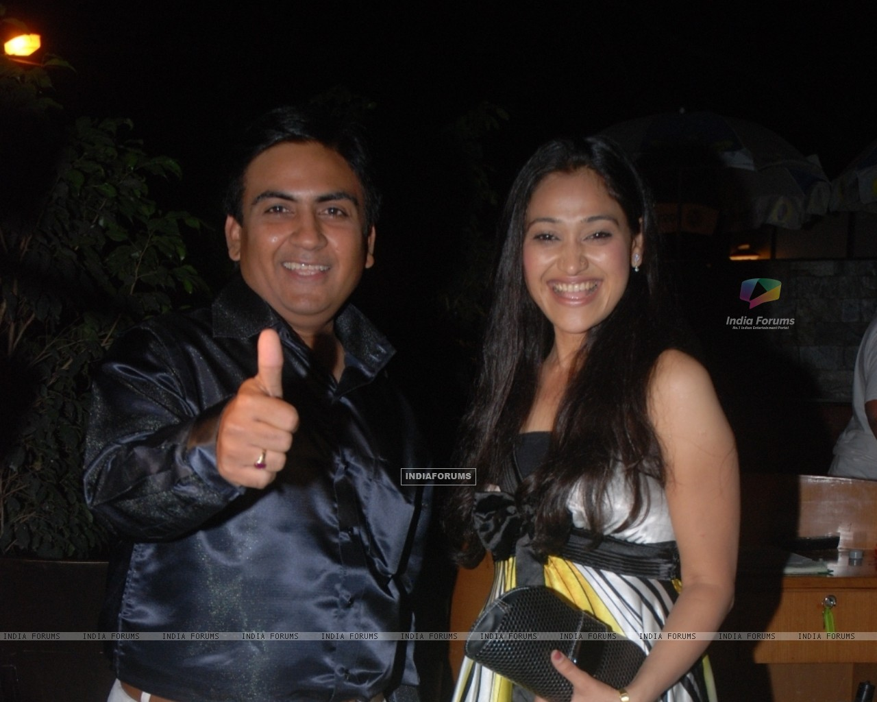Dilip Joshi and Disha Wakani (42280) size:1280x1024