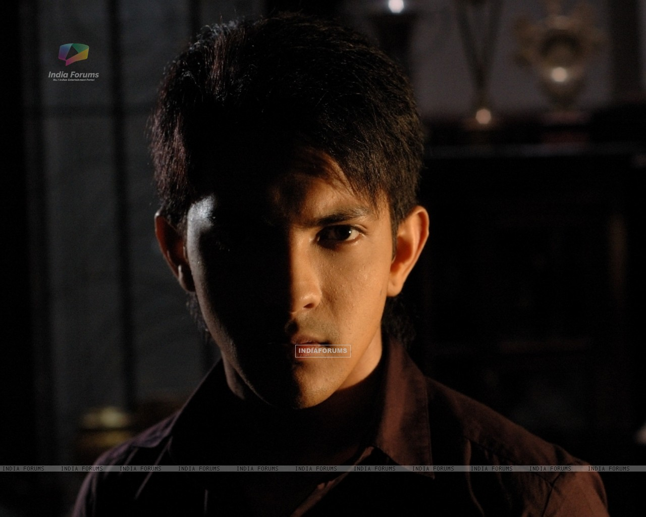 Aditya Narayan in the movie Shaapit (56548) size:1280x1024
