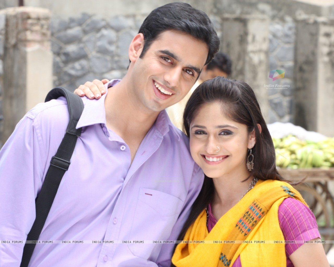 Still image of Anuj and Mili (66944) size:1280x1024