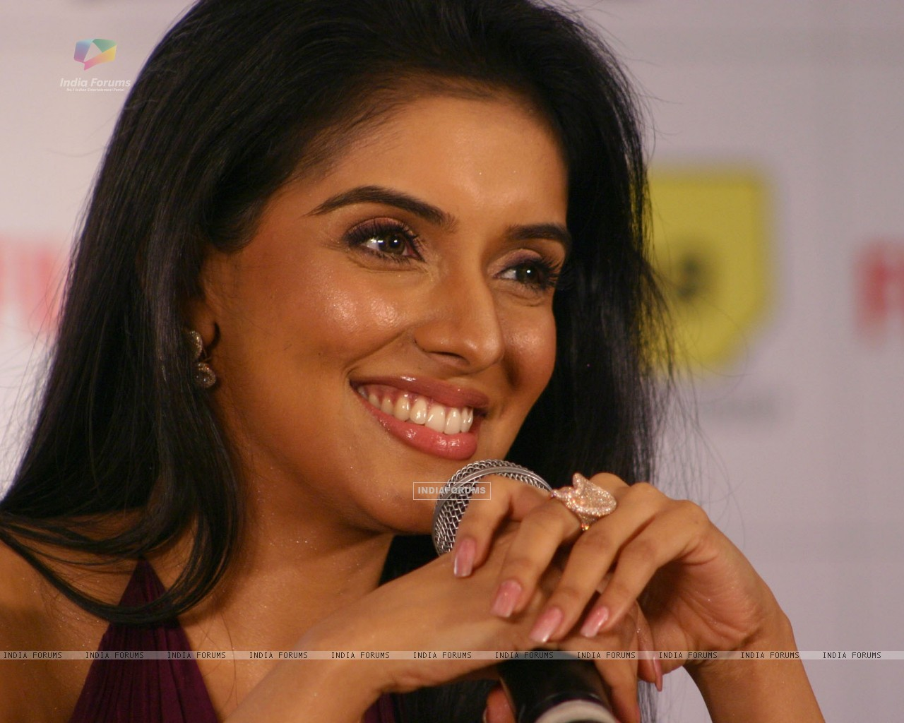 Actress Asin Photos
