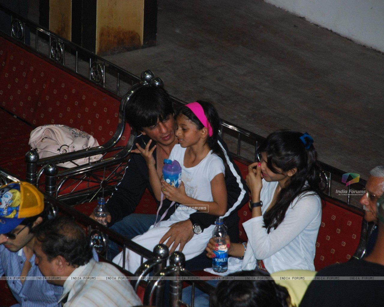 Aryan Khan And Navya SRK with kids Aryan and Suhana