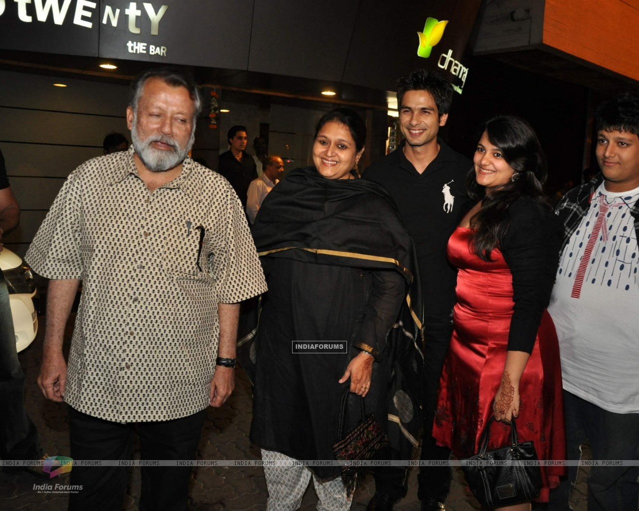 Bollywood actor Pankaj Kapoor at Shahid Kapoor''s suprise birthday bash at Escobar (85338) size:1280x1024