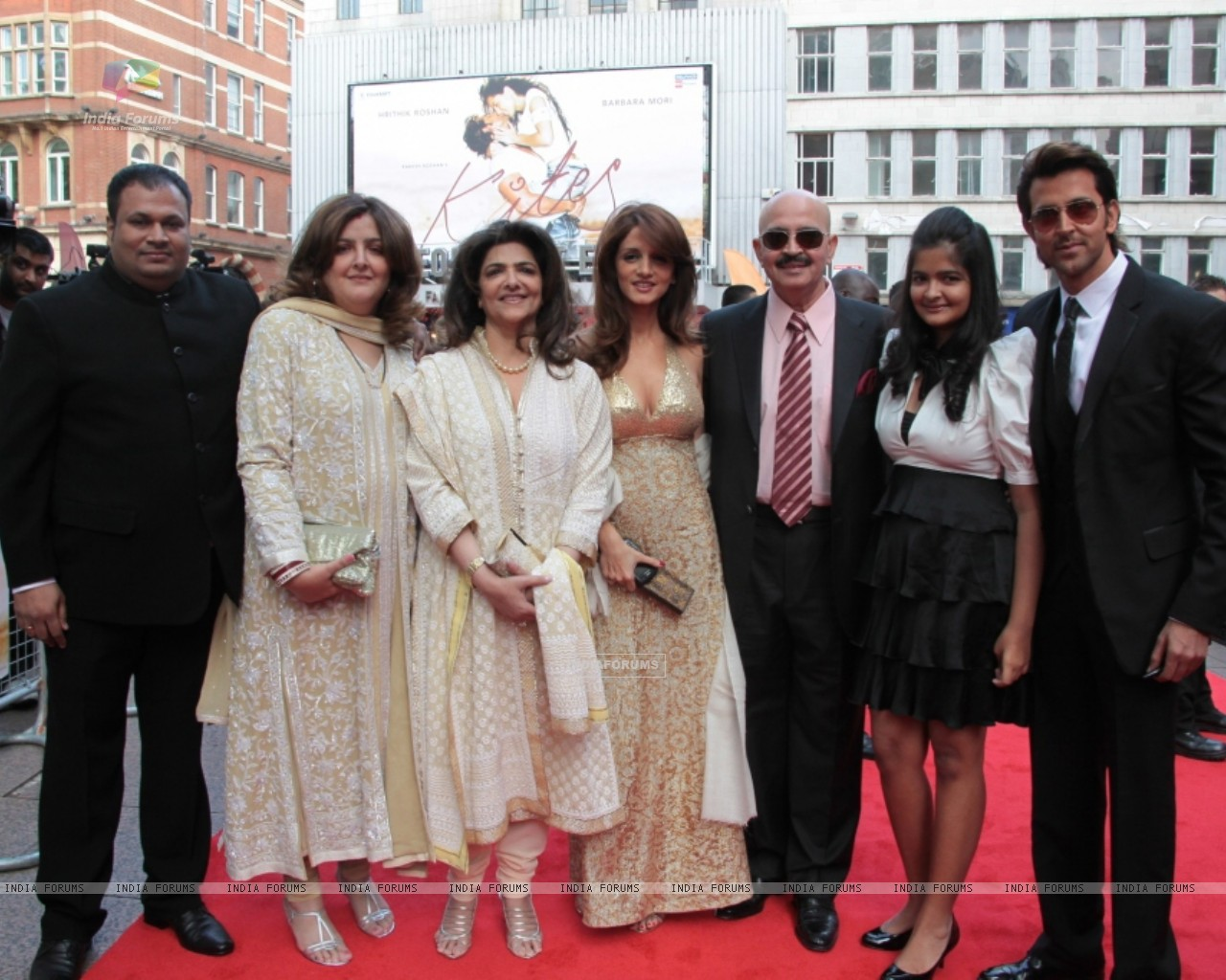 Suzanne Roshan, Rakesh Roshan and Hrithik Roshan attends the European premiere of ''Kites'' at Odeon West End in London (87753) size:1280x1024