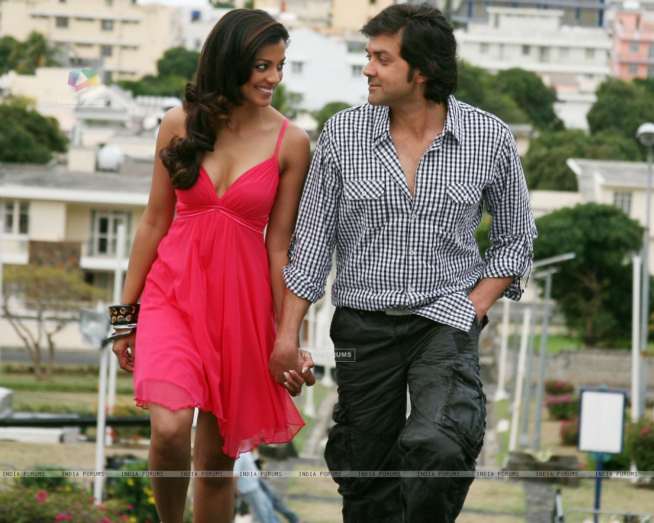 Still image of Bobby and Mugdha (92481) size:1280x1024