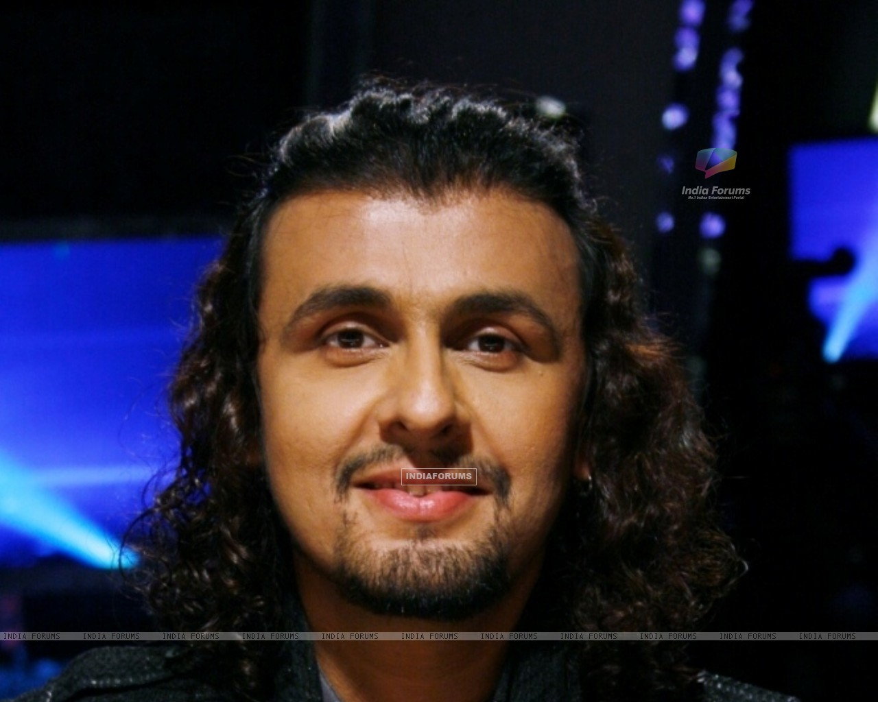Sonu Nigam as a judge in tv show Chhote Ustaad (96262) size:1280x1024