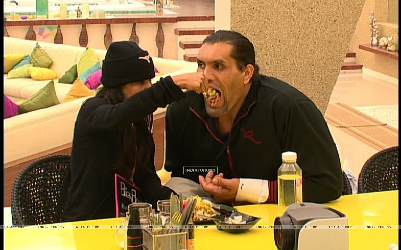 Still scene from Bigg Boss 4 (113174) size:1280x800