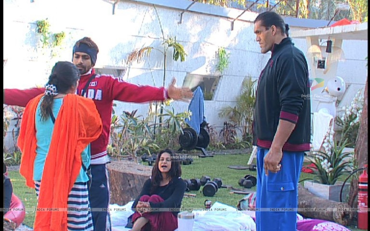 Still from tv show Bigg Boss 4 (113506) size:1280x800