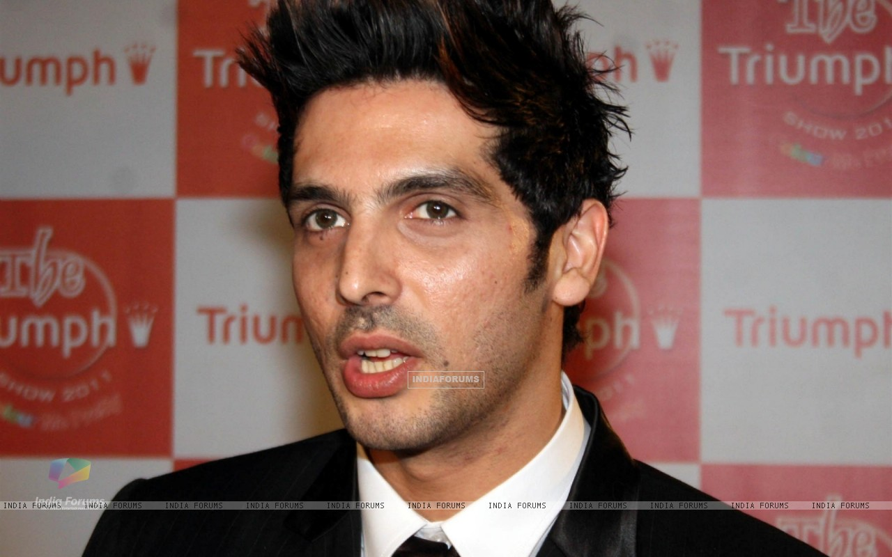 Zayed Khan at Triumph Lingerie Fashion Show 2011 (117390) size:1280x800