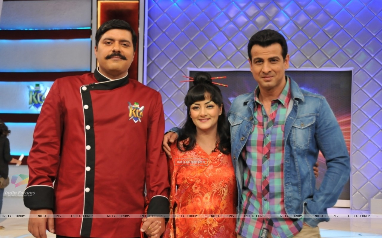 Chef Gauti, Ronit Roy and Smita Singh at the launch of Kitchen Champion (135167) size:1280x800