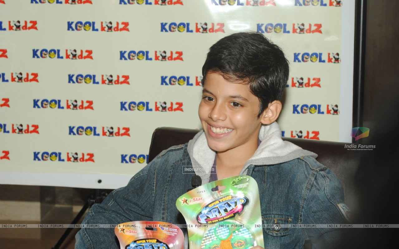 Darsheel Safary launches  FyrFlyz by Kool Kidz.  . (153801) size:1280x800